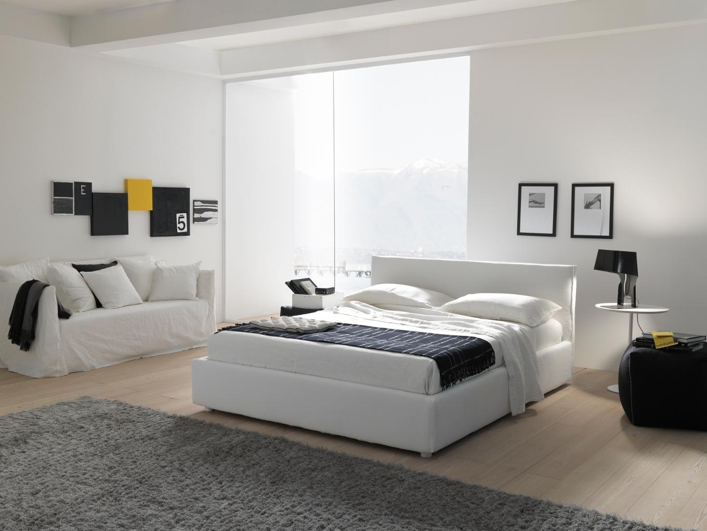 Foto di letti bolzan bianco in stanza solare letto moderno for Arredamenti aventino letti