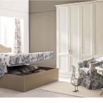 Camere solare tradizionale in legno colore bianco con letto baule aperto