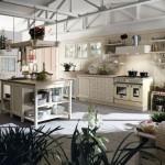 Cucine country Canapa Talcato colore beige, con molte piante
