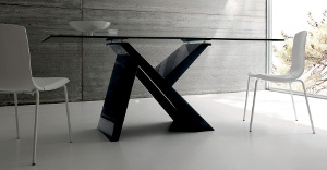 Extendable crystal tables