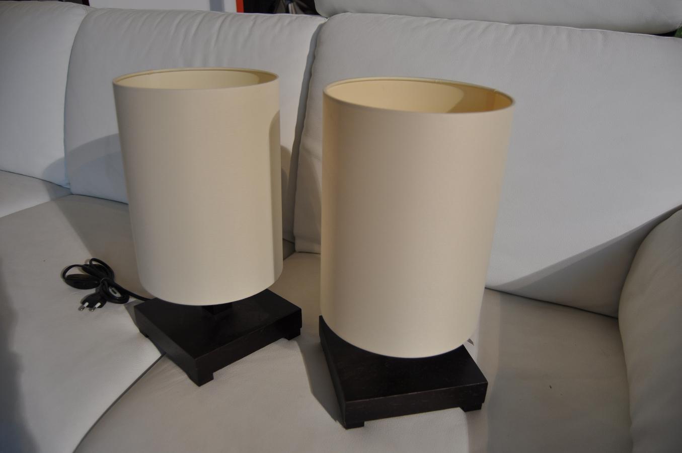 Vendita cappelli in vetro per lampade da tavolo la for Lampade da tavolo per ufficio