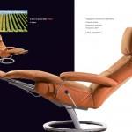 Poltrona relax inclinabile di colore arancio marrone con poggia gambe, nome Alba